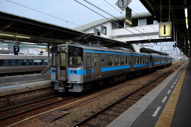 伊予西条行き普通列車