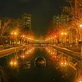 写真: 神戸・六甲アイランドの夜景