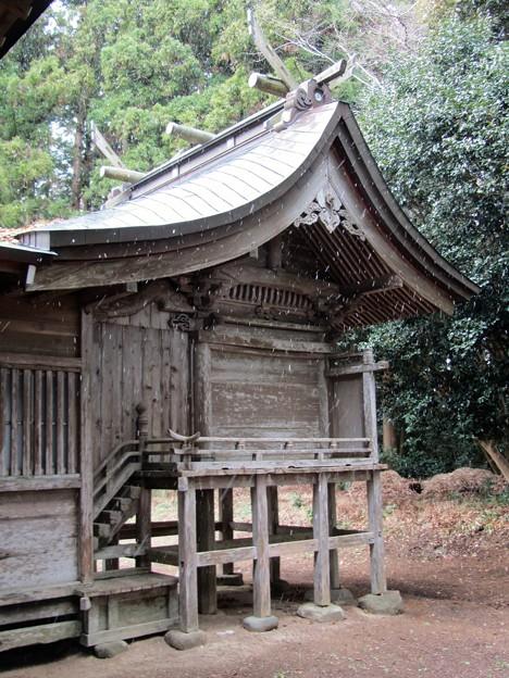 27.12.29吉田神社本殿