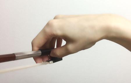 中野・江古田 バイオリン 個人レッスン ヴィオラ 吉瀬弥恵子 ワイズ音楽教室 弓を弦に乗せる瞬間