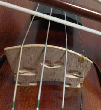 中野・江古田 バイオリン 個人レッスン ヴィオラ 吉瀬弥恵子 ワイズ音楽教室 弓はいつも動いてます