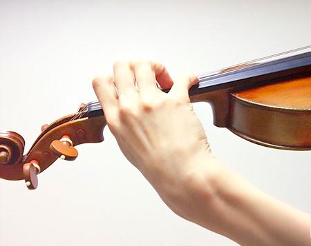 中野・江古田 バイオリン 個人レッスン ヴィオラ 吉瀬弥恵子 ワイズ音楽教室 手首の角度