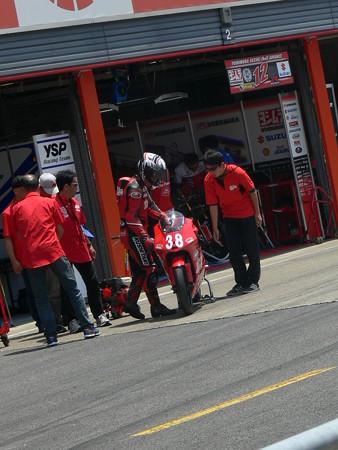 P13404492014 38 野澤秀典 HONDA NSF250R ノザワレーシングファミリー 全日本ロードレース J_GP3 SUPERBIKE もてぎ jrr