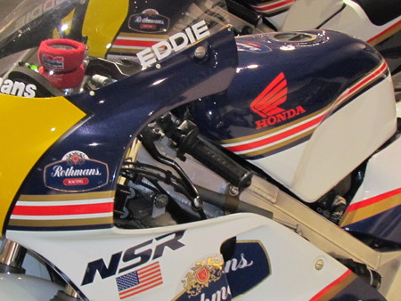 IMG_3936 1989 Rothmans HONDA NSR500 Eddie Lawson ロスマンズ ホ