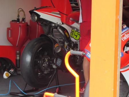 2 35 Cal CRUTCHLOW Ducati Japan  motogp motegi もてぎ 2014 IMG_1955