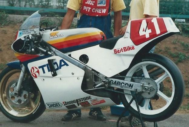 Photos: 1987 Racing team KATAYAMA TDA 東亜国内航空